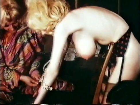 Classic – 8mm – Lesbian Porn Action